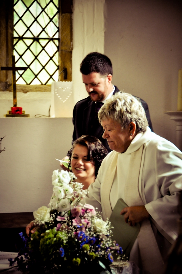 Cheap professional wedding photographer Leicester